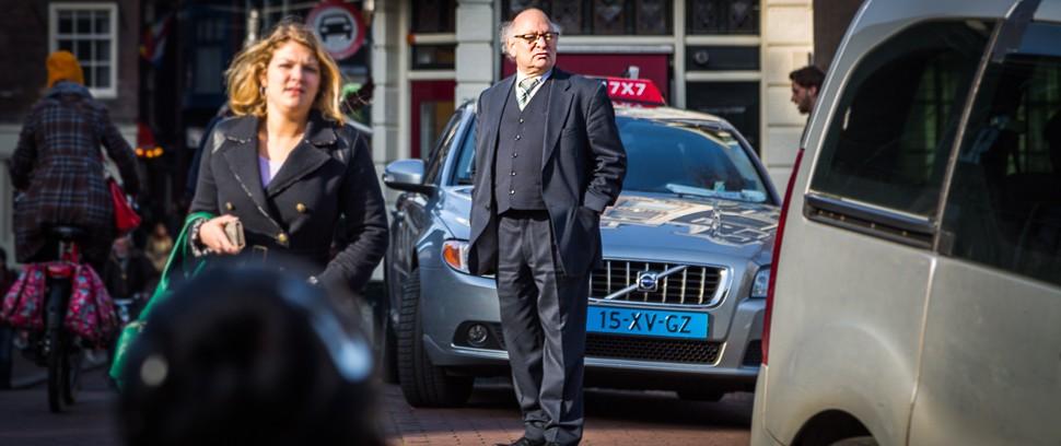 Taxichauffeur Roel van Kollem vertelt passievol over de stad