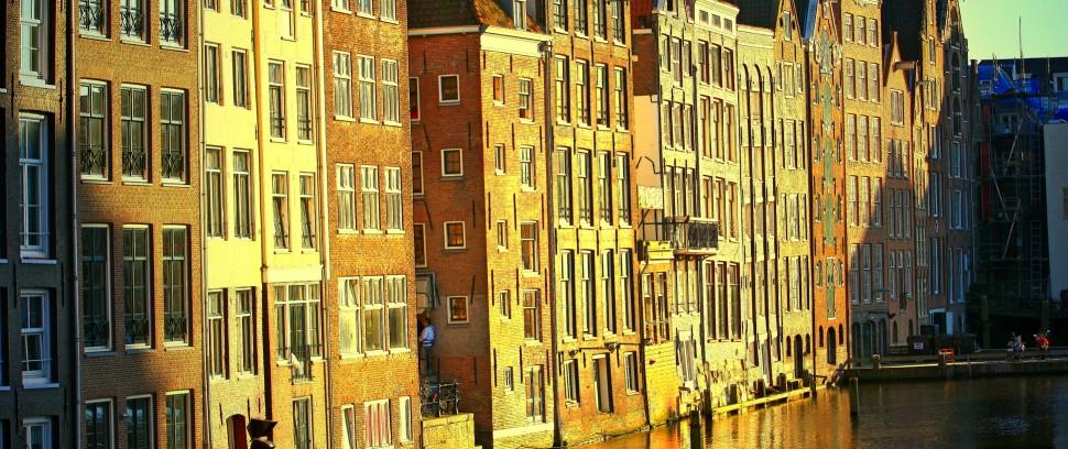 De mooiste straten van Amsterdam-Route: meer dan alleen mooie mensen