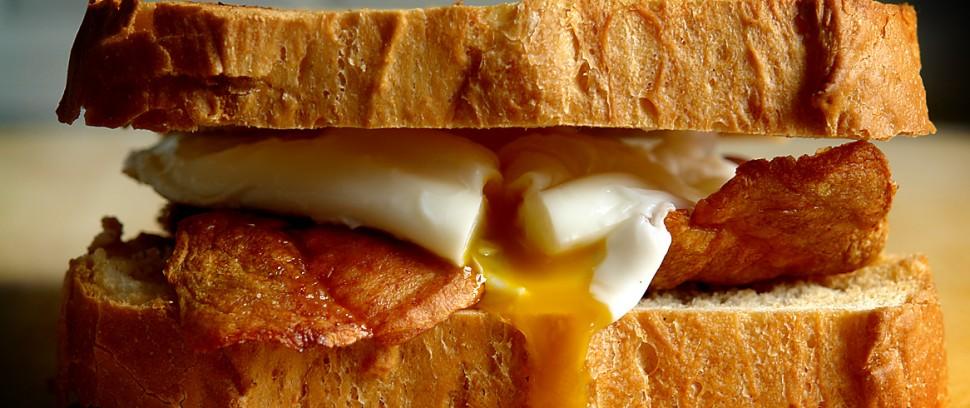 De Brunch-route: Pannekoeken met siroop en eieren met spek