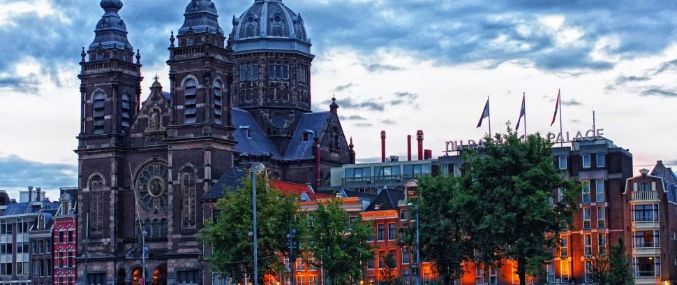 Échte Amsterdamse producten: Waar zijn ze te koop en het lekkerst?