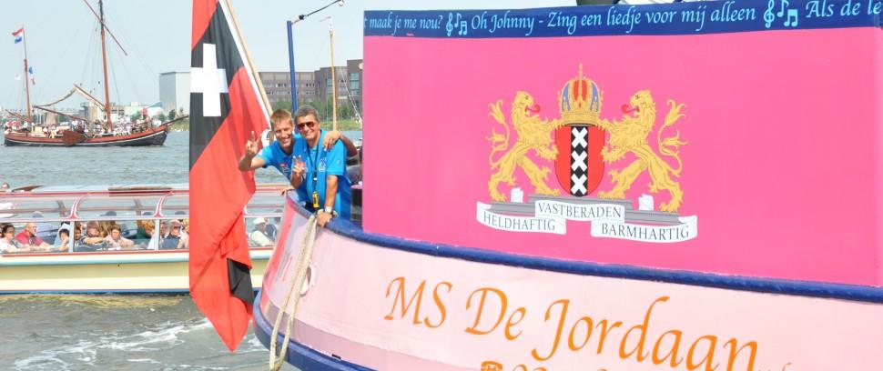 Zingend over het IJ met MS De Jordaan