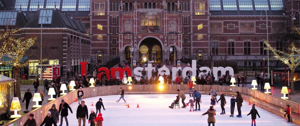 De leukste schaatsbanen in de stad